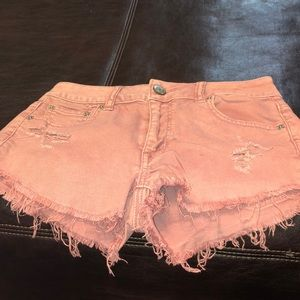 American Eagle outfielders ladies rose jean shorts